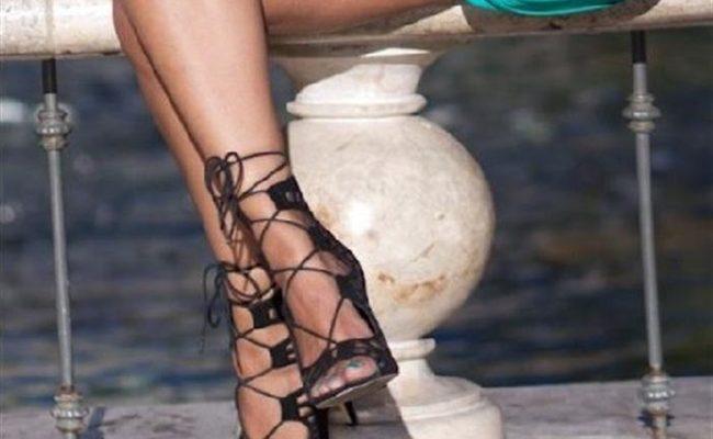 35 όμορφα καλοκαιρινά γυναικεία σανδάλια για όλες τις περιστάσεις ... a13df98d80b